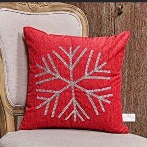 Silver jewel snowflake pillow
